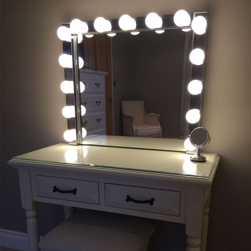Elizibeth Hollywood Vanity Mirror Letterkenny Glass